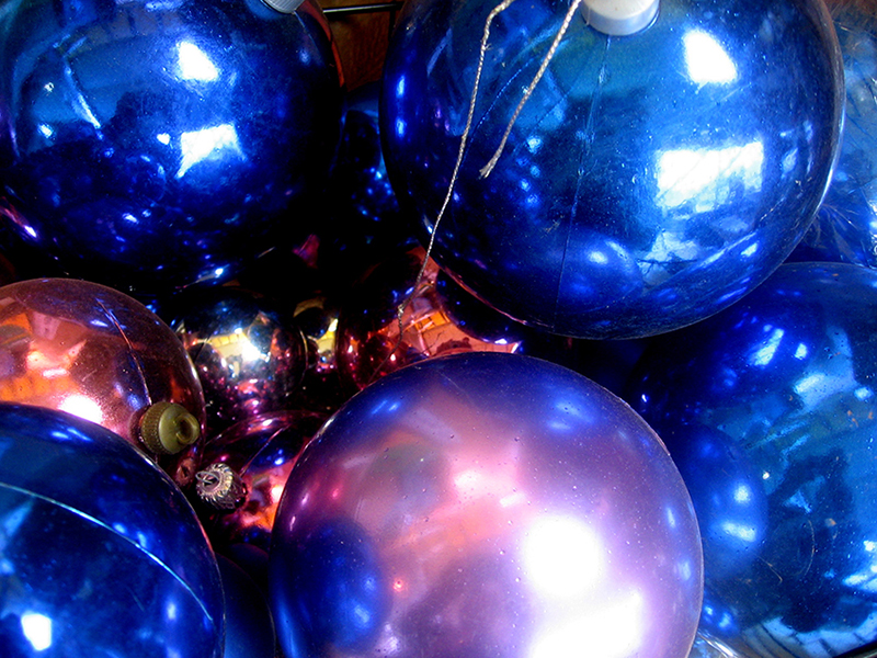 b2bcards corporate christmas eacrd ref:b2b-ecards-baubles-blue-370.jpg, Baubles, Blue