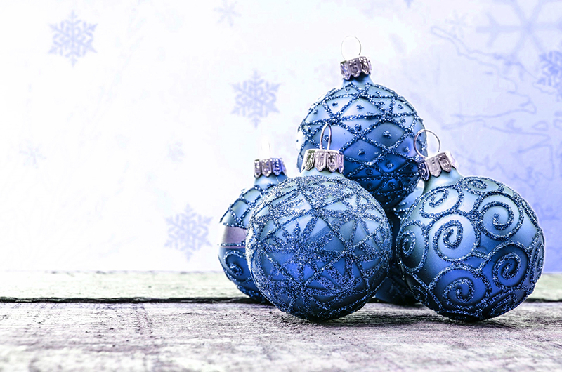 b2bcards corporate christmas eacrd ref:b2b-ecards-baubles-blue-585.jpg, Baubles, Blue