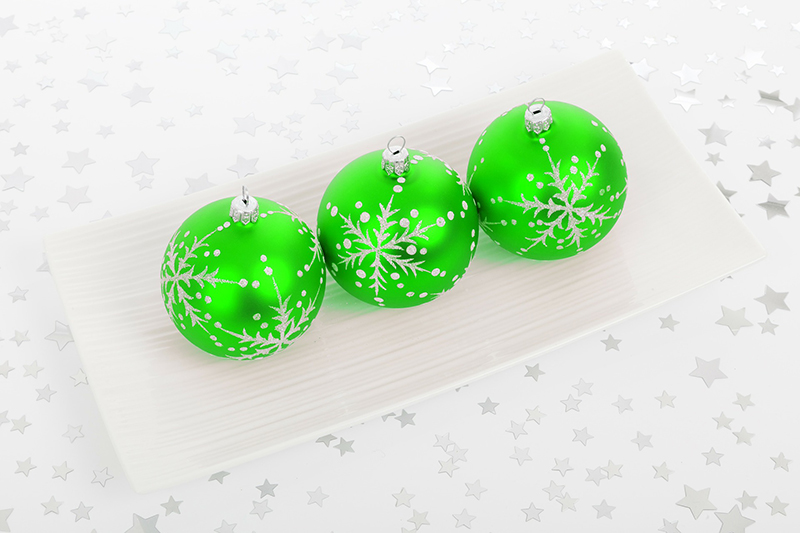 b2bcards corporate christmas eacrd ref:b2b-ecards-baubles-green-400.jpg, Baubles, Green