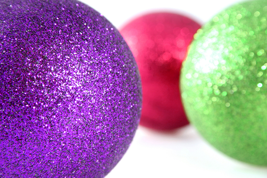 b2bcards corporate christmas eacrd ref:b2b-ecards-baubles-purple-fuschia-green-918.jpg, Baubles, Purple,Fuschia,Green