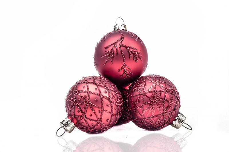 b2bcards corporate christmas eacrd ref:b2b-ecards-baubles-red-573.jpg, Baubles, Red