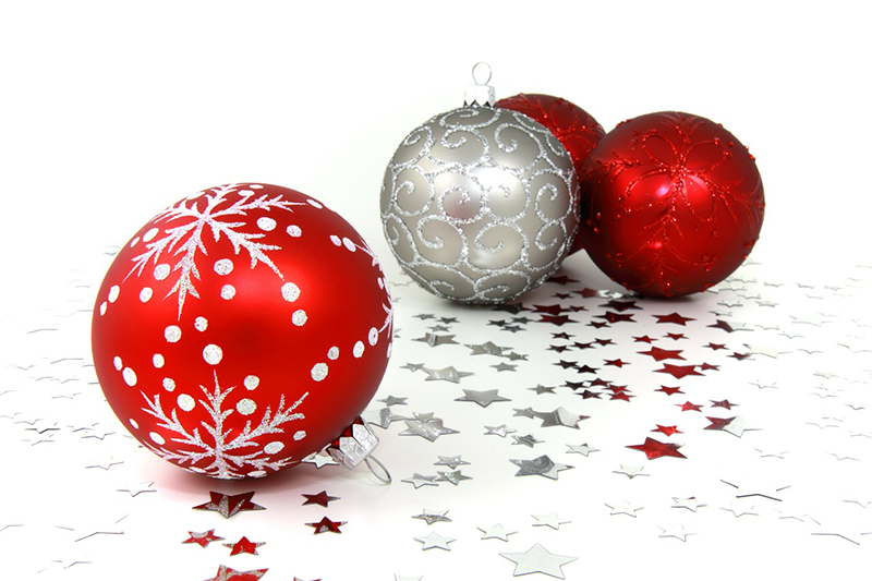 b2bcards corporate christmas eacrd ref:b2b-ecards-baubles-red-silver-425.jpg, Baubles, Red,Silver