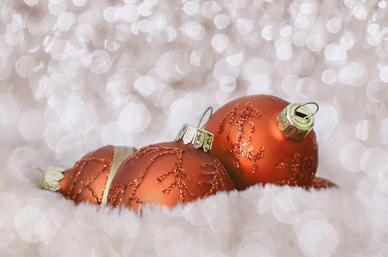 b2bcards corporate christmas eacrd ref:b2b-ecards-baubles-sparkly-orange-484.jpg, Baubles,Sparkly, Orange