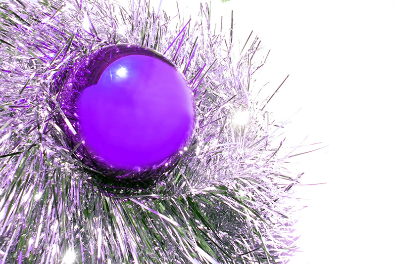b2bcards corporate christmas eacrd ref:b2b-ecards-baubles-tinsel-purple-337.jpg, Baubles,Tinsel, Purple