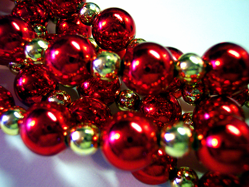 b2bcards corporate christmas eacrd ref:b2b-ecards-beads-red-gold-436.jpg, Beads, Red,Gold