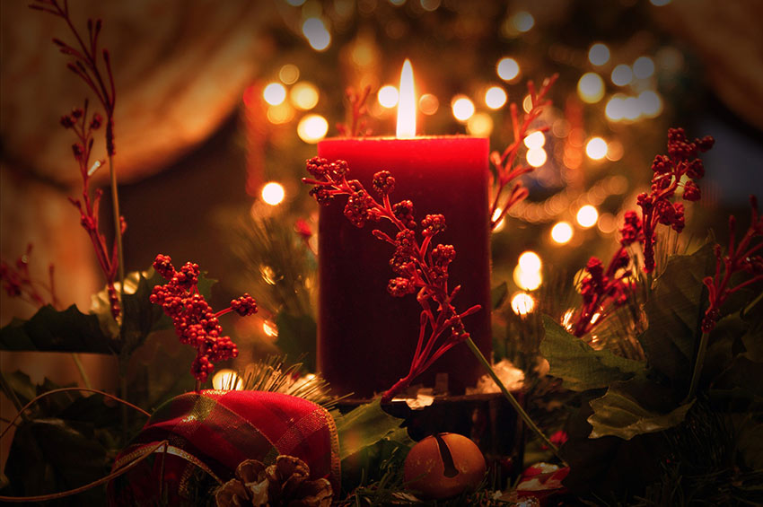 b2bcards corporate christmas eacrd ref:b2b-ecards-candles-red-929.jpg, Candles, Red