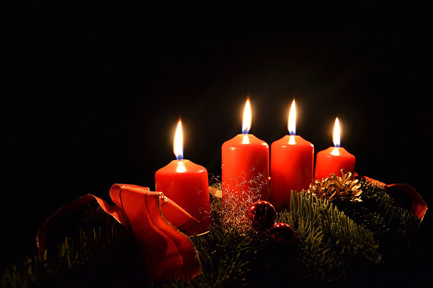 b2bcards corporate christmas eacrd ref:b2b-ecards-candles-red-932.jpg, Candles, Red