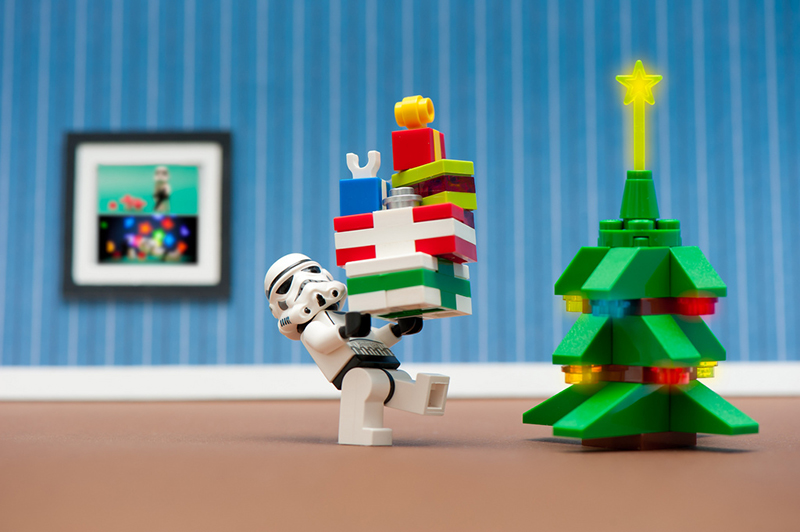 b2bcards corporate christmas eacrd ref:b2b-ecards-cartoon-lego-star-wars-colours-668.jpg, Cartoon,Lego,Star Wars, Colours