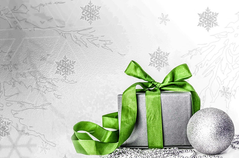 b2bcards corporate christmas eacrd ref:b2b-ecards-presents-green-silver-570.jpg, Presents, Green,Silver