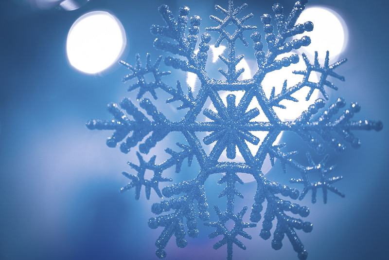 b2bcards corporate christmas eacrd ref:b2b-ecards-snowflakes-blue-652.jpg, Snowflakes, Blue