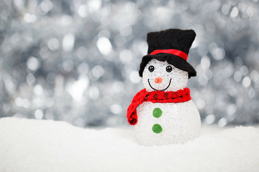 b2bcards corporate christmas eacrd ref:b2b-ecards-snowman-snow-colours-white-silver-840.jpg, Snowman,Snow, Colours,White,Silver
