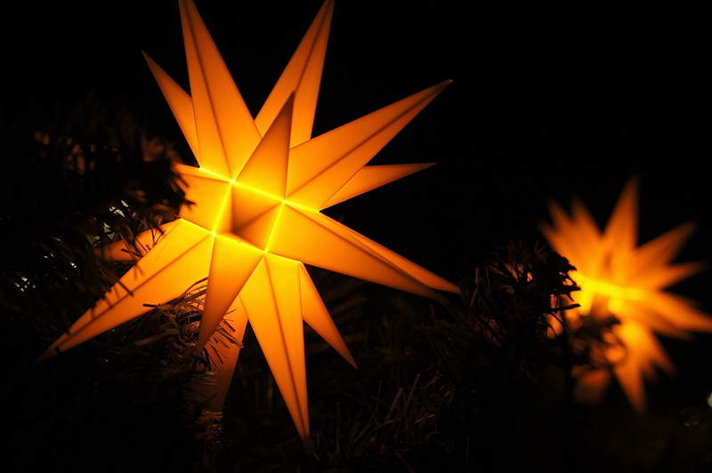 b2bcards corporate christmas eacrd ref:b2b-ecards-stars-lights-orange-yellow-770.jpg, Stars,Lights, Orange,Yellow