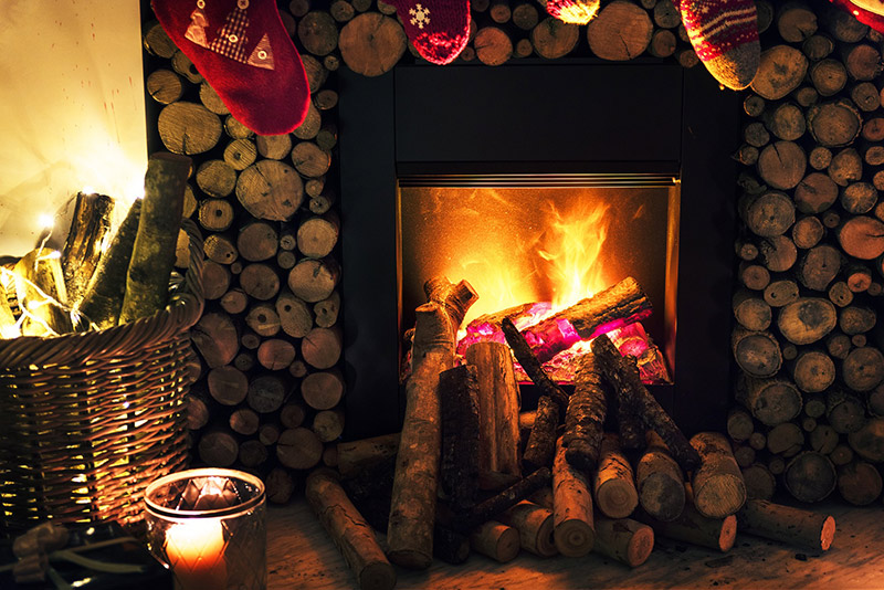 b2bcards corporate christmas eacrd ref:b2bcards-log-fire.jpg, Wood,Fire, Colours,Brown
